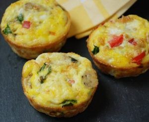 broccoli-cheese-egg-muffins